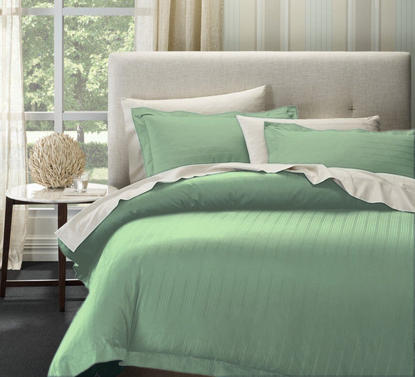 Ddecor Home 1000 Thread count Cotton Blend Como Stripes Quilt cover sets Super King Sprout Green