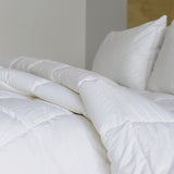 Royal Comfort Duck Summer Quilt 300gsm -Double + Duck Pillow