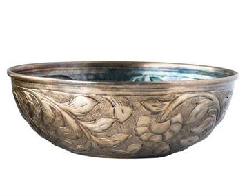 Engraved Gold Bowl - Effortless Composition