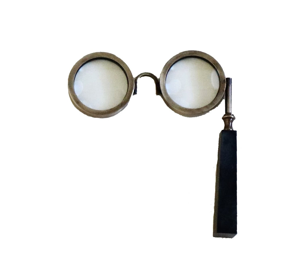 Bifocals Magnifying Glass - Effortless Composition