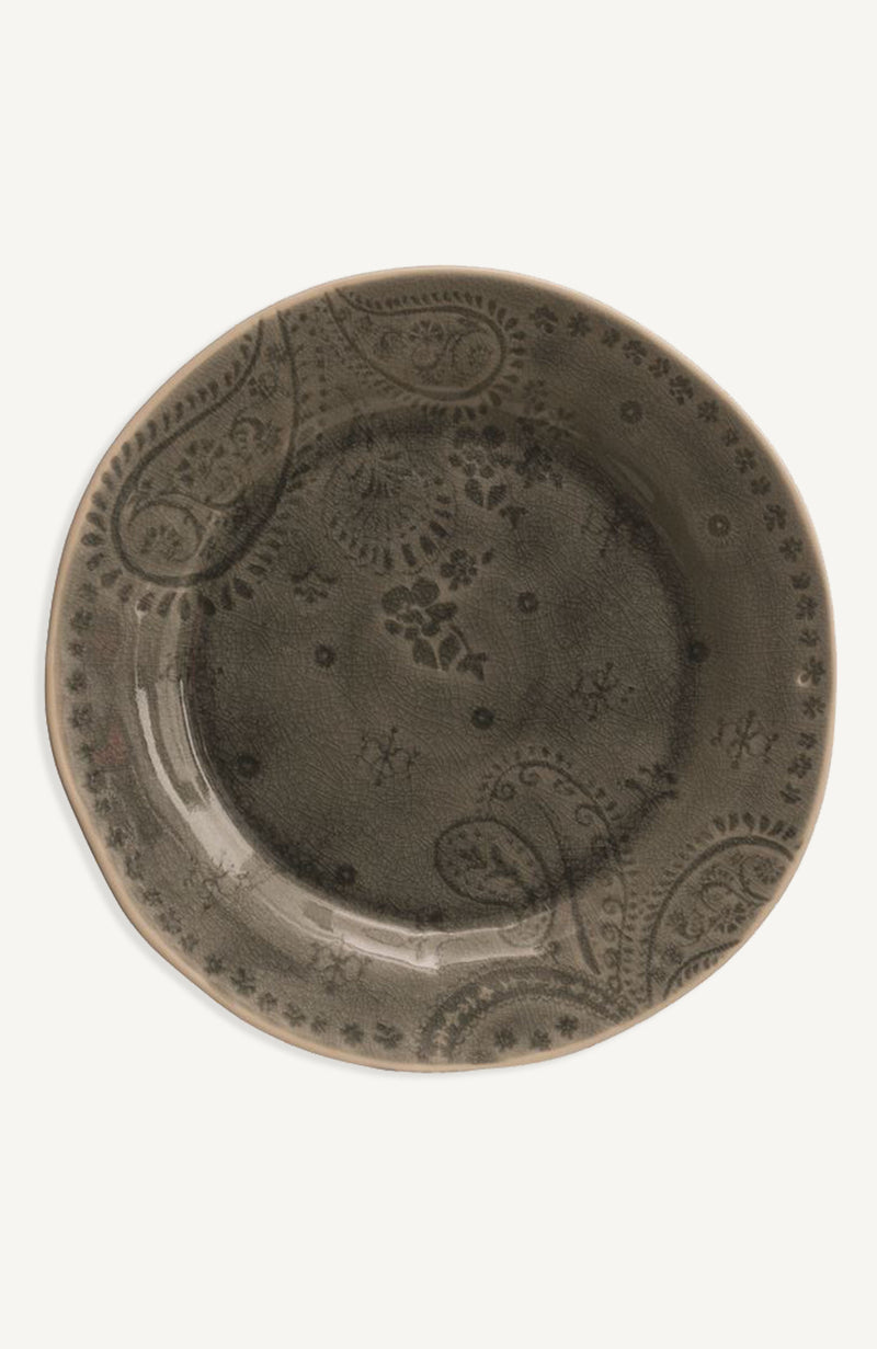 Subtle Debossed Stoneware Dinner Plate