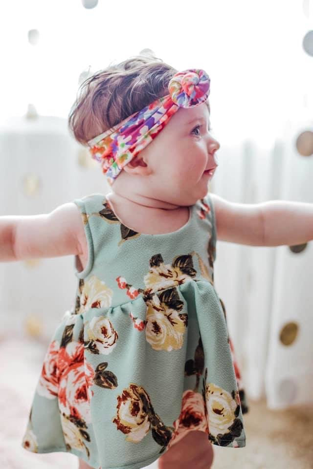 cute toddler headwrap and mint green floral bohemian toddler top from little posh babes