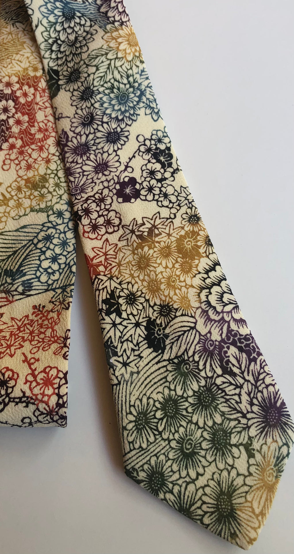 Colourful Japanese Floral Neck Tie