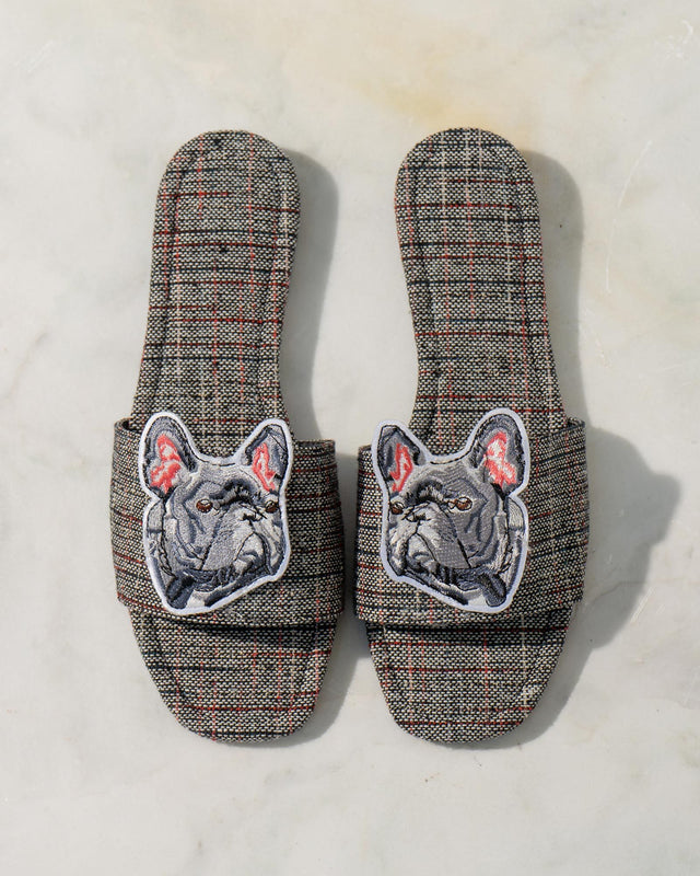 Feliz Plaid Slides
