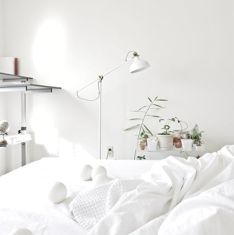 minimalism, declutter your home | Hush Home