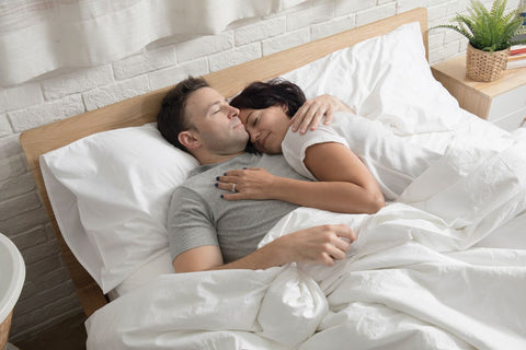 couples-sleeping-comfortably