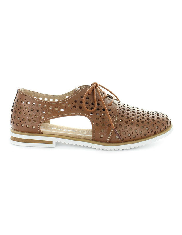 Just Bee - Cayenne Shoe in Tan
