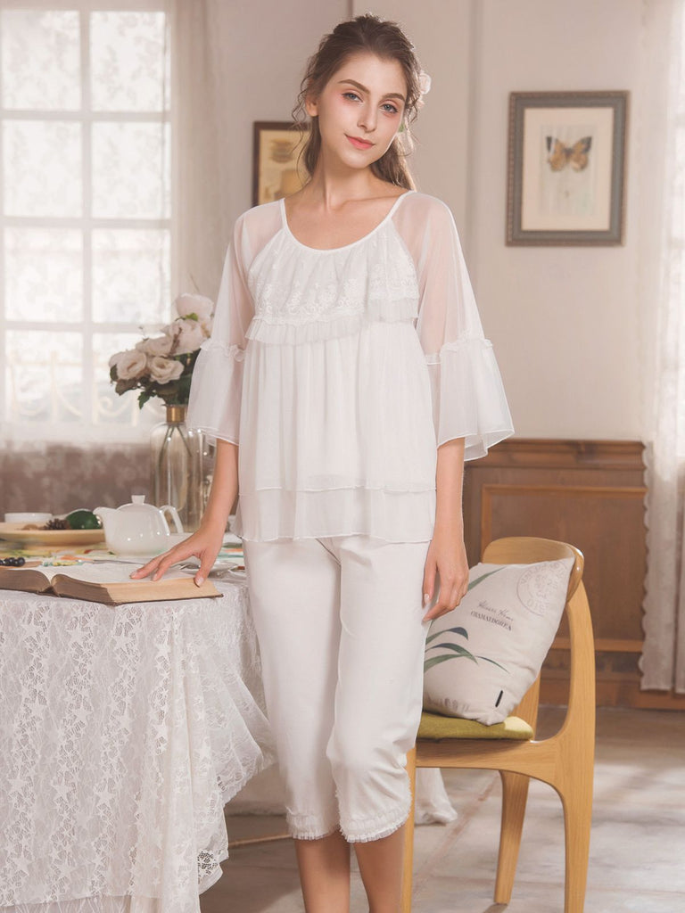 2PCS Retro Lace Décor Ruffle Pajama Set