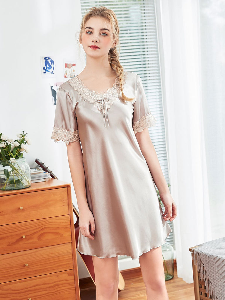 Retro Leaves Lace Silky Nightgown