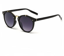 Load image into Gallery viewer, Ralferty Vintage Ladies Gradient Black Gray Sunglasses