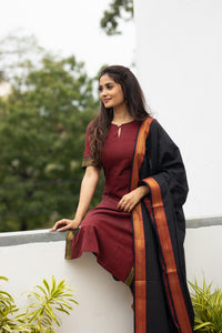 Manjari Red (2pc Set)