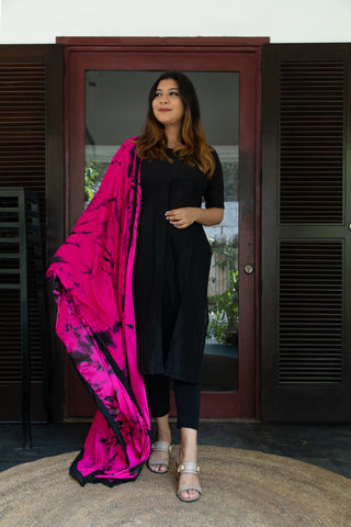 Black Kurthi with pink shibori dupatta