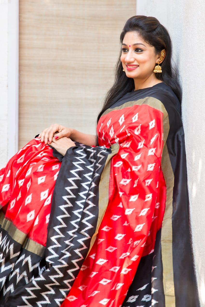 Black & Red Pochampally Saree