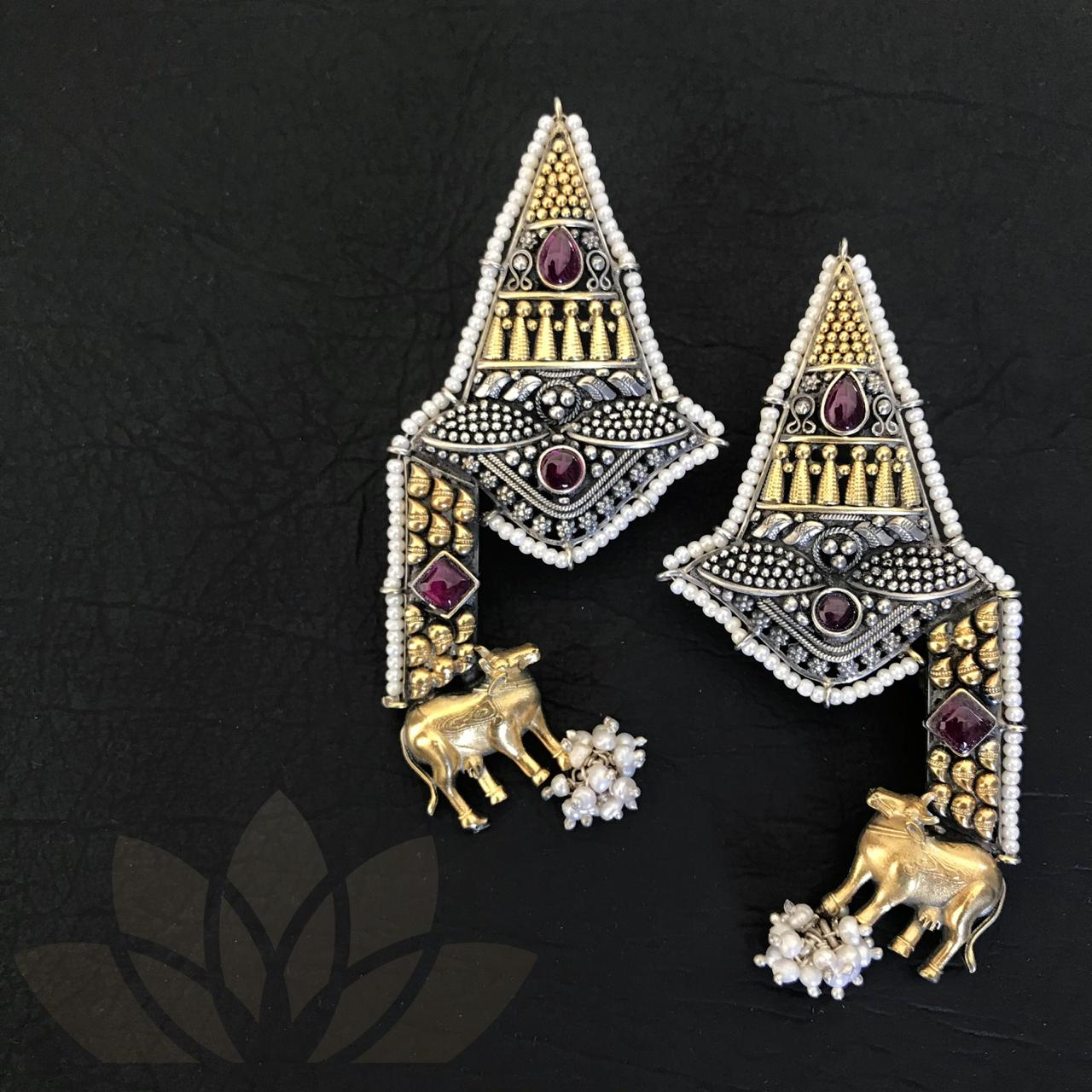 Earrings Prakruti