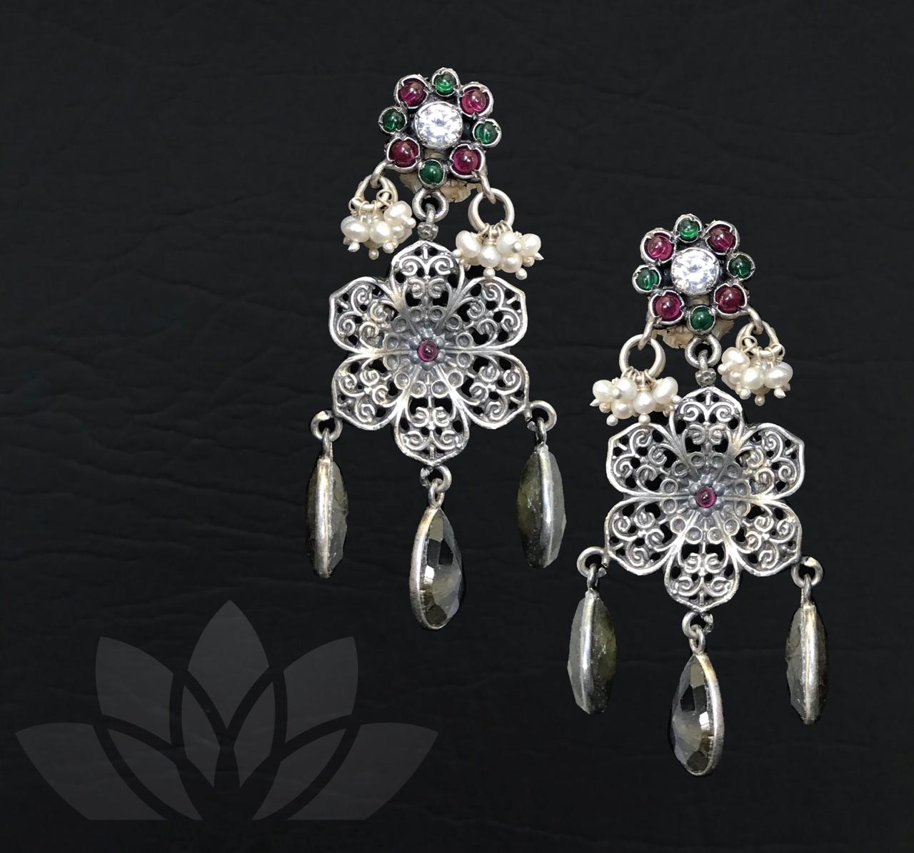 Earrings Kashi