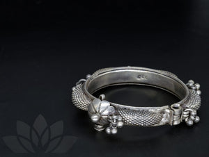 Bangle Meyyalagi
