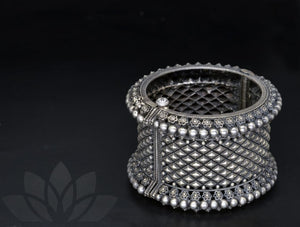 Bangle Nalinaksha
