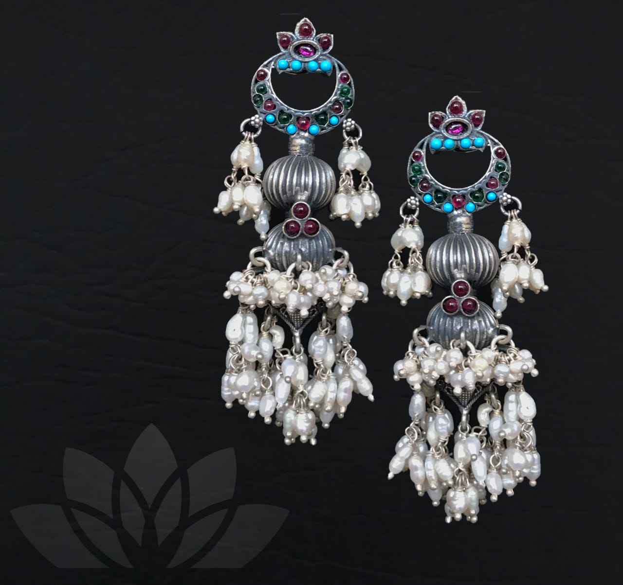 Earrings Pacumpiti