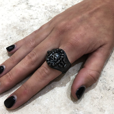 Embroidered Leather Ring with Skull