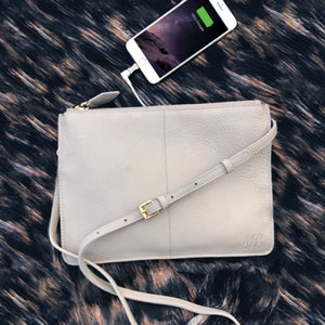 XL MightyPurse with built-in Phone Charger - Kukachoo