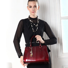 Luxury Leather Shoulder Bag - Kukachoo