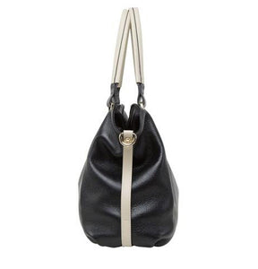 Classic Leather Shoulder Bag - Kukachoo