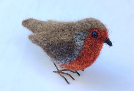 Workshop | Creative Craft Show : Manchester - Autumn 2018 | NEEDLE FELT A ROBIN WITH SOPHIE BUCKLEY FROM THE MAKERSS