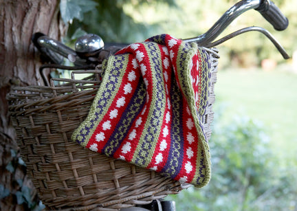 Workshop | Creative Craft Show : London Spring 2019 | USING FAIR ISLE CONFIDENTLY TO BE CREATIVE AND HAVE FUN with Monica Russel