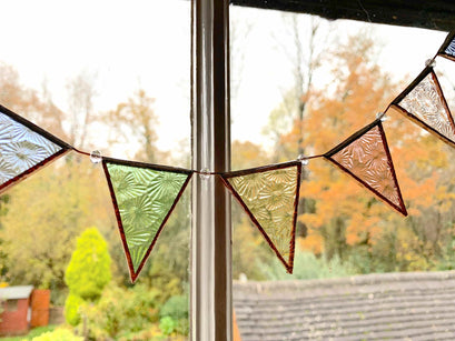 Workshop | Creative Craft Show : Manchester - Spring 2020 | Star Burst Bunting Stained Glass