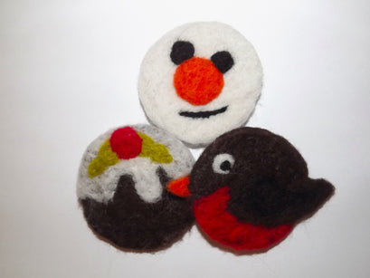 Workshop | Creative Craft Show/Crafts for Christmas: Glasgow - Autumn 2018 | FUN NEEDLE FELTED CHRISTMAS BROOCHES with Val Hughes (Room 2)