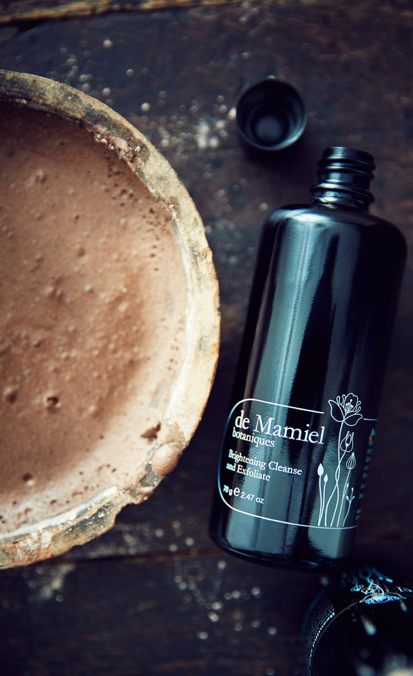 deMamiel-organic-brightning-cleanse-and-exfoliate