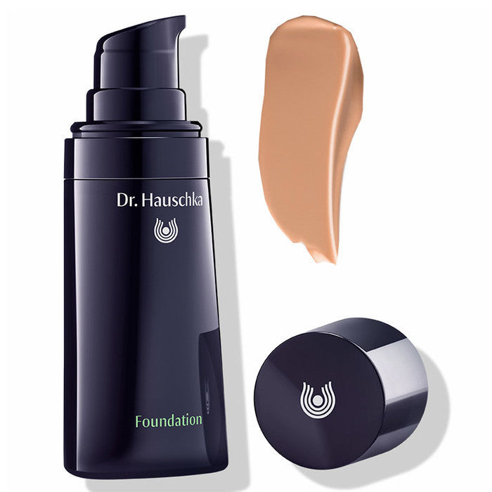 dr Hauschka Foundation Hazelnut 04