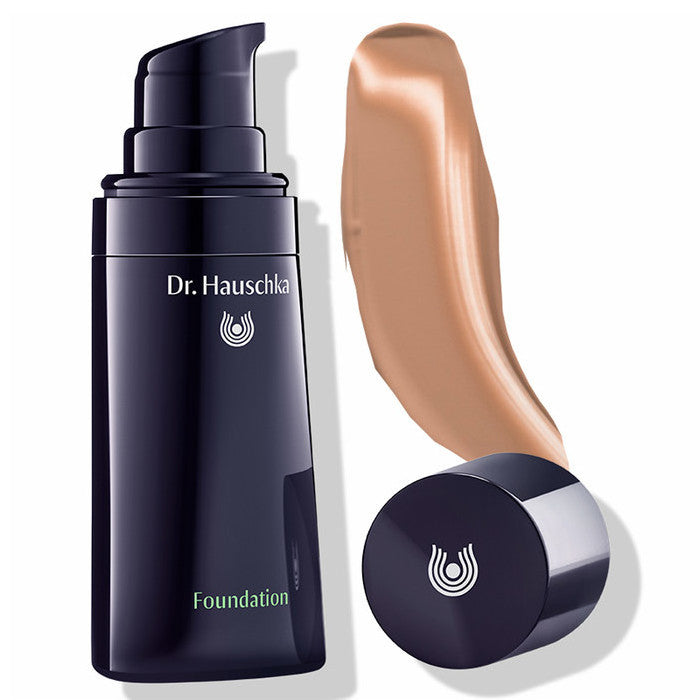 dr Hauschka Foundation Nutmeg 05