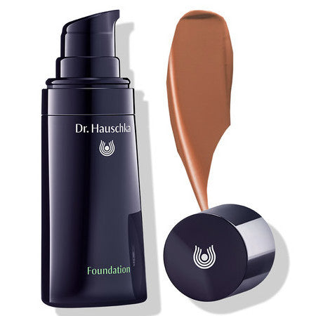dr Hauschka Foundation Walnut 06