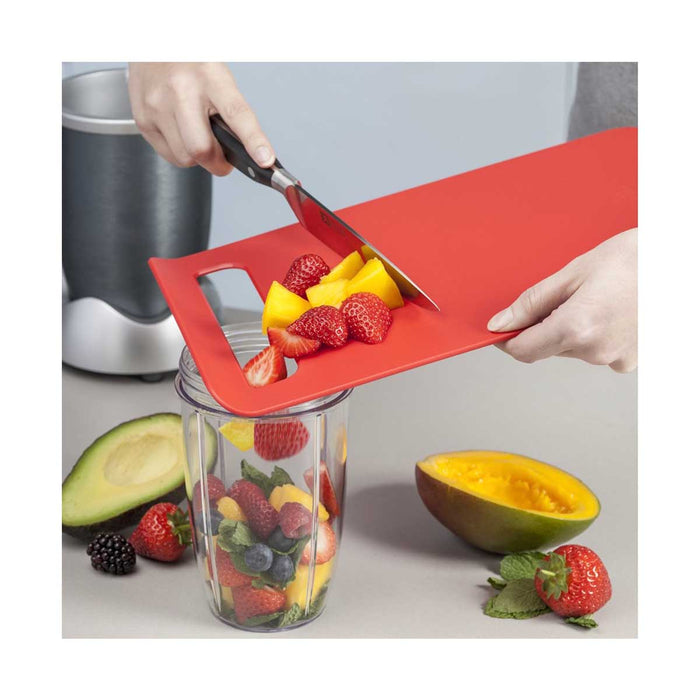 Zeal Chopping Board Straight to Pan Slip Large 32.5cm x 22cm - Image 4