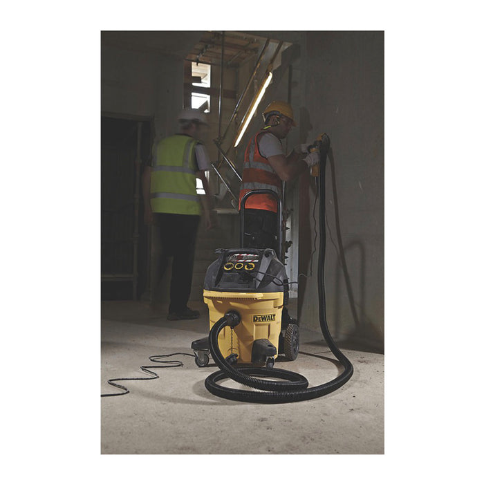 DeWalt DWV902M-GB 68Ltr/sec Electric Dust Extractor 240V - Image 2