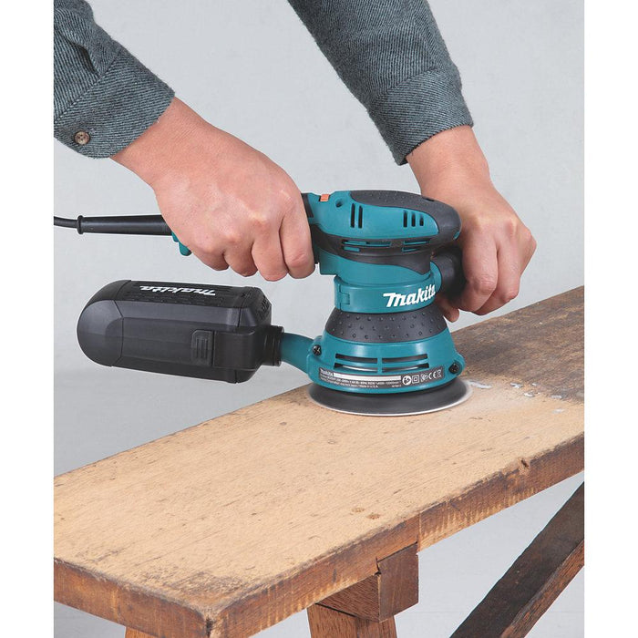 Makita Electric Random Orbit Sander 125mm BO5041 110V 300W with Dust Bag - Image 4
