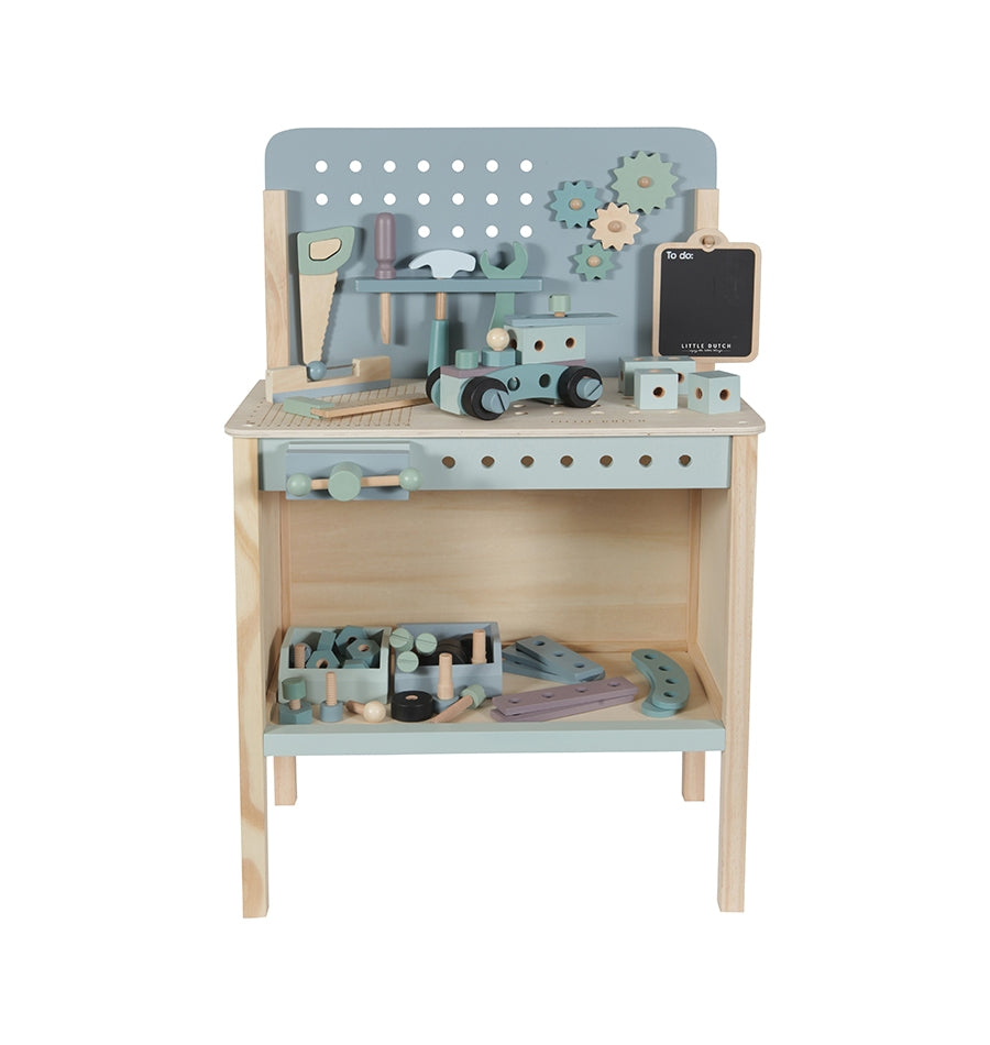 Wooden Workbench With Tool Belt