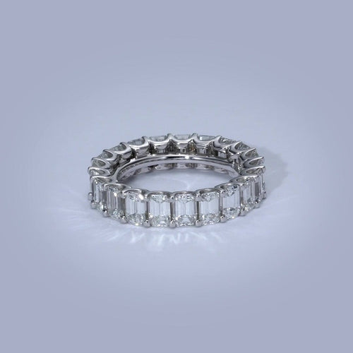 https://bestbrilliance.sirv.com/2019%20Rings/Wedding_Bands/1959WEM5_H.mp4