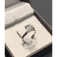 Load image into Gallery viewer, 14K White Gold Solitaire Diamond Engagement Ring - Top Quality GIA Certified #J99136