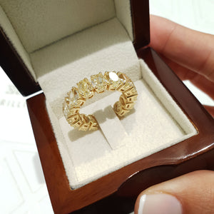 18K Yellow Gold Diamond Oval Shape Eternity Ring 14.8 Carat Natural Fancy Yellow #PT1585