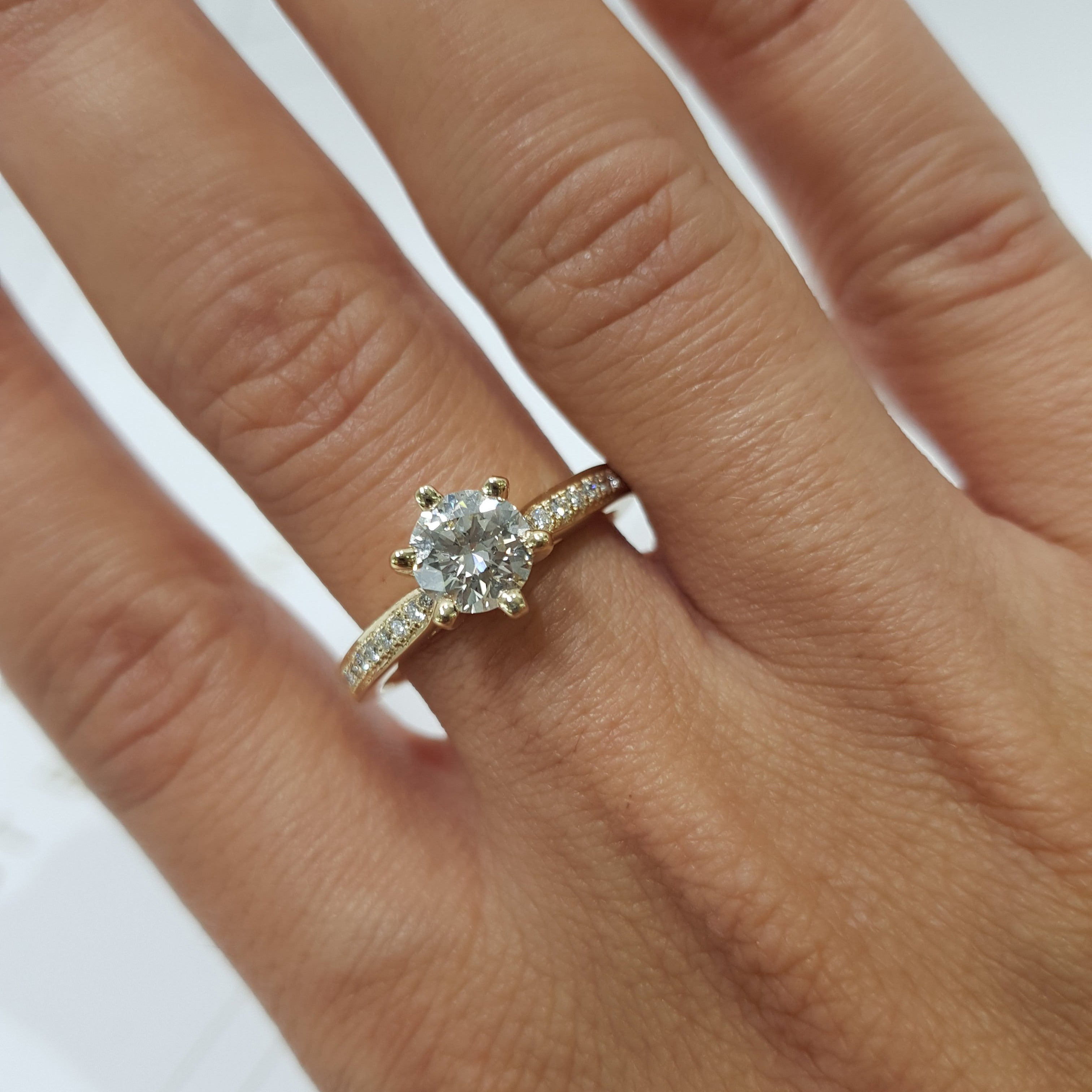 The Talia Engagement Ring - 1.2 CARAT F SI1 ROUND BRILLIANT 14K YELLOW GOLD DIAMOND RING #J99983
