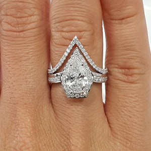 2.5 CARAT F VS2 PEAR SHAPED DIAMOND ENGAGEMENT & WEDDING SET - 18K WHITE GOLD #J99243