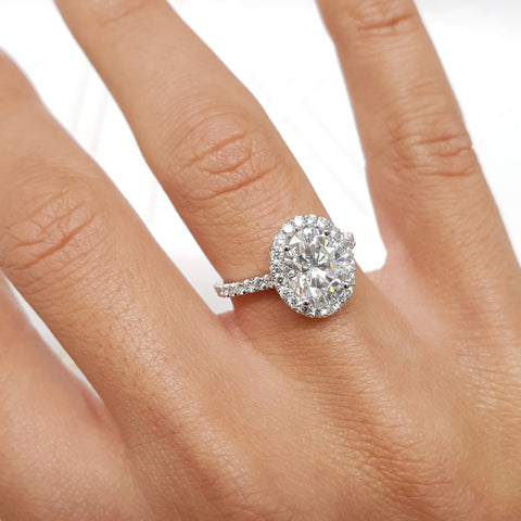 2 CARAT F VS1 OVAL SHAPED LAB GROWN DIAMOND SET IN 14K WHITE GOLD ENGAGEMENT RING #LG10002