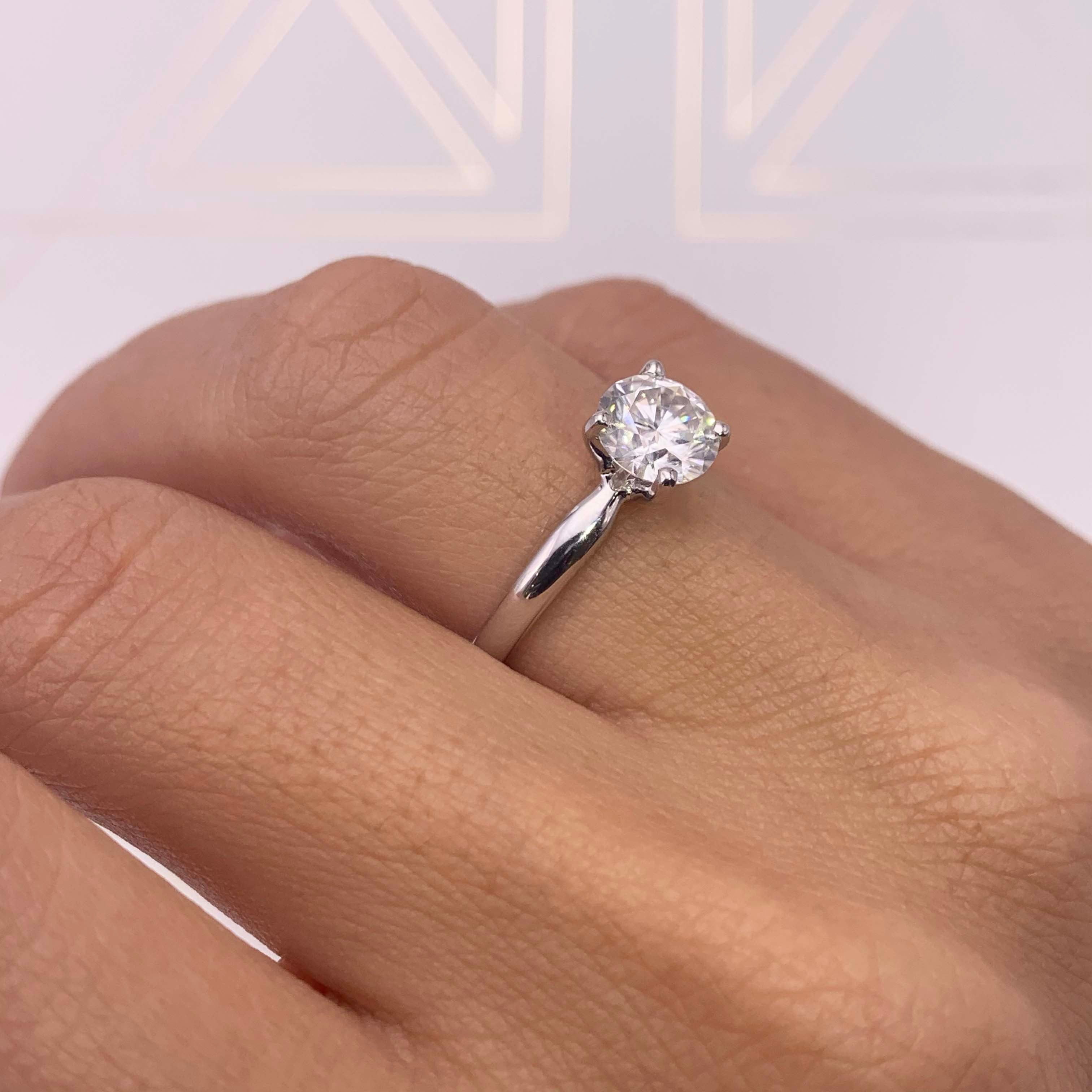The Jessica Engagement Ring  (1 Carat)