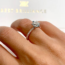 Load image into Gallery viewer, The Veronica Engagement Ring - 2 CARAT ROUND TWO-TONES DIAMOND RING #J99305