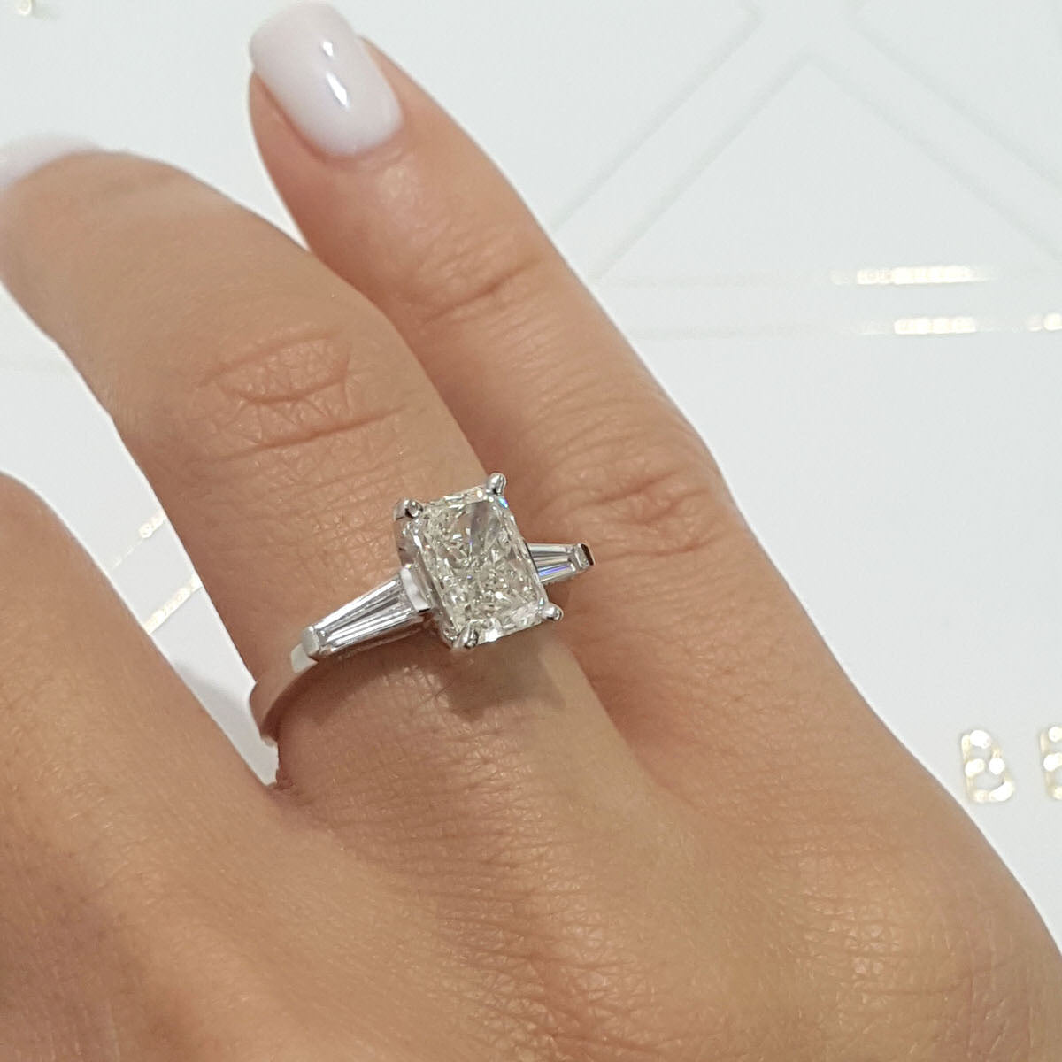 The Skylar Engagement Ring - 1.8 CARAT G VS2 RADIANT SHAPED DIAMOND - 3 STONES RING #J99943