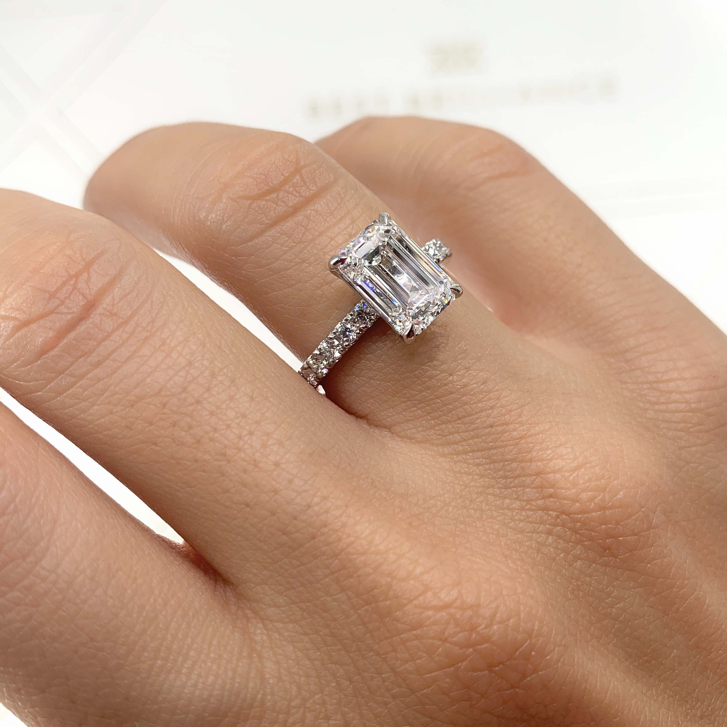 The Royal Engagement Ring (3.5 Carat)