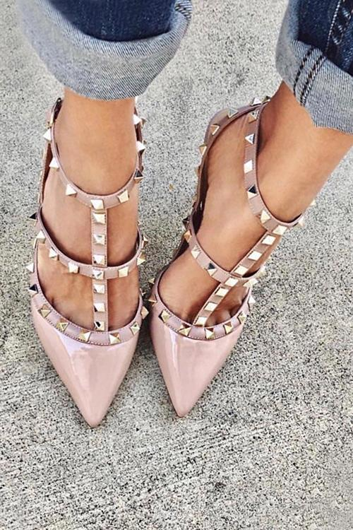 Rivet Pointed Toe High Heels Pump