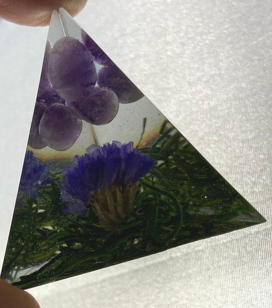 Amethyst Pyramid - Amethyst with Forget Me Not flower in resin - Perfect for psychic abilities, visions, & helping us see clearly - Chakra Palace